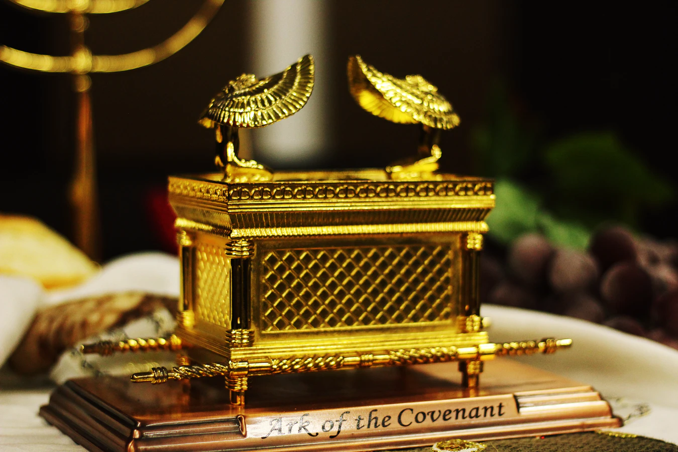 Was the Ark of the Covenant an Idol?